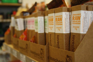 Fram Ekolivs sells raw food