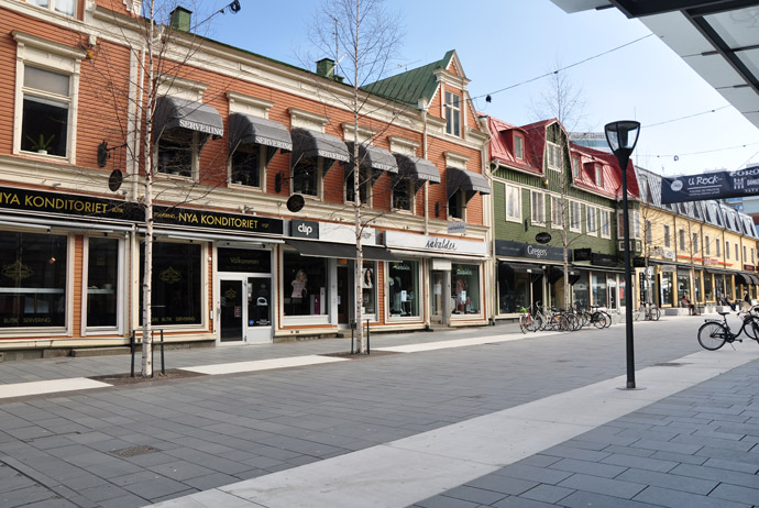 Kungsgatan is a great place for window shopping in Umeå