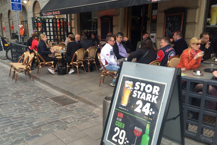 Lion Bar in the Old Town is one of Stockholm's cheapest places to drink beer