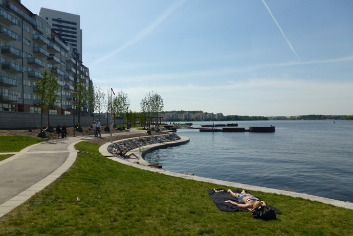 Hornsbergs Strandpark is one of the most central places to go swimming in Stockholm