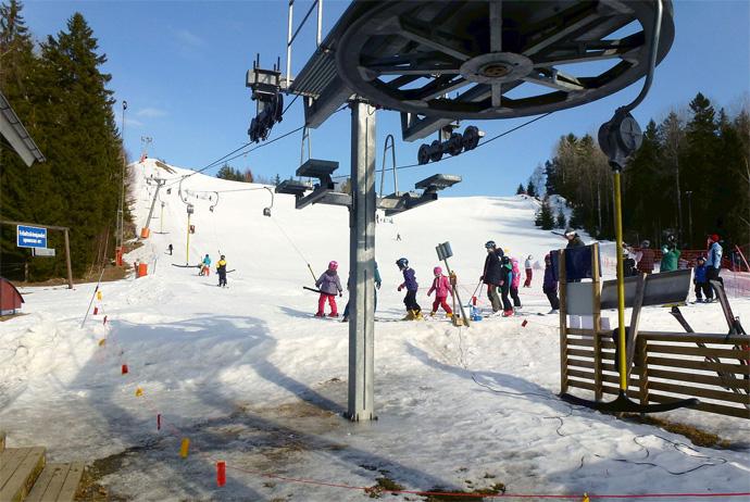 Skiing at Ranghildsborgsbacken in Sweden