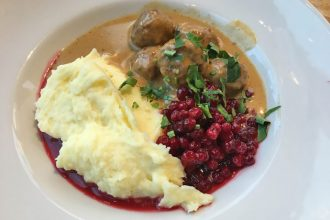 Where to find Swedish meatballs in Stockholm