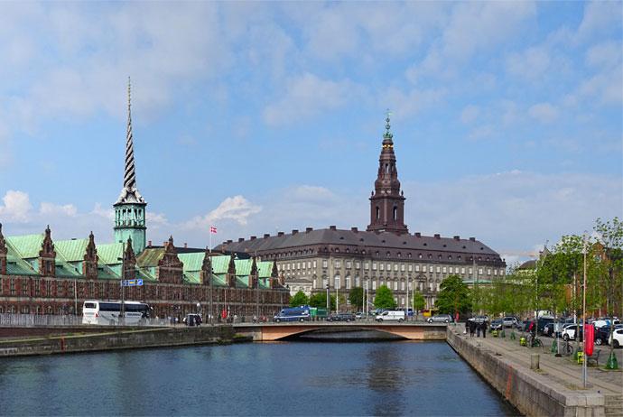 Christiansborg Walking Tour Copenhagen
