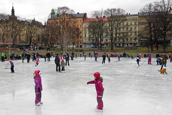 Skating in Vasaparken, Stockholm
