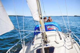 Guided sailing boat trip in the Stockholm Archipelago