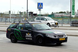 Taking a taxi in Stockholm