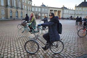 Three-hour bike tour in Copenhagen!