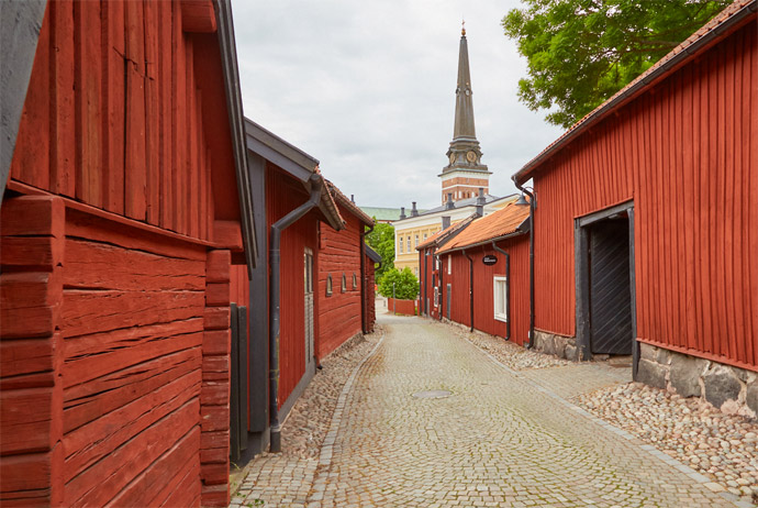 Kyrkbacken is a beautiful part of Västerås to explore on foot