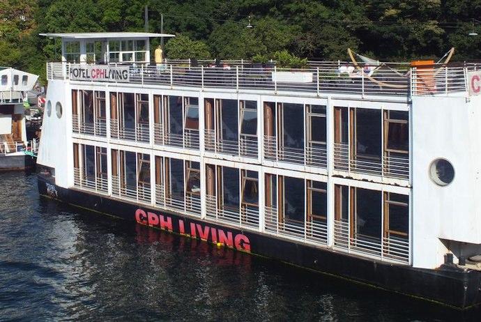 Boat hotel, Copenhagen