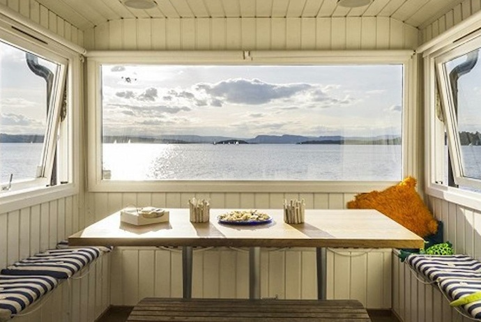 This seaside airbnb in Oslo is a great alternative to a hotel