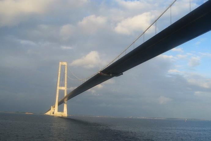 Driving from Copenhagen to Aarhus takes you over the Great Belt Bridge