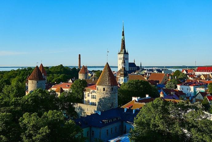 See Tallinn on a fun day trip from Helsinki
