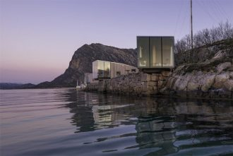 This fjord-side cabin in Norway is a fun place to stay