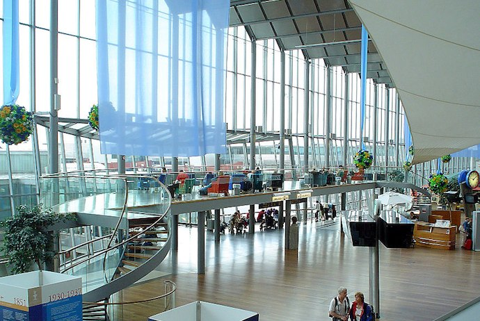 You can store bags at Arlanda airport, Stockholm