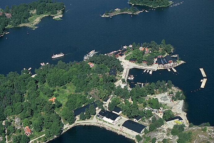 Fjäderholmarna, Sweden