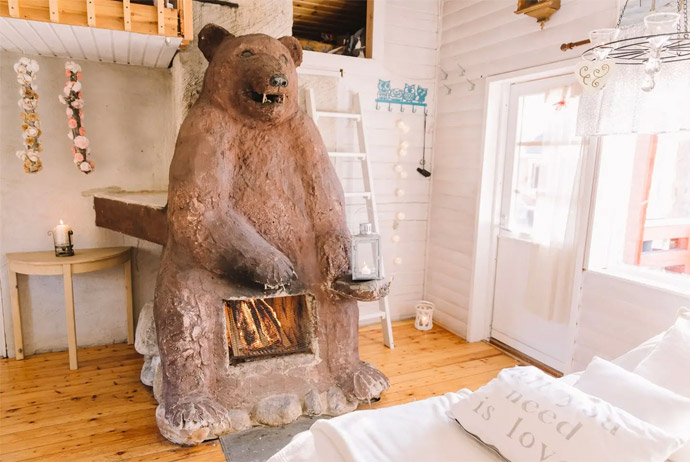 This unusual airbnb is in Finnish Lapland