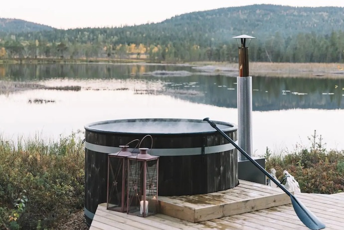 Chill out your own lakeside hot tub in Finnish Lapland