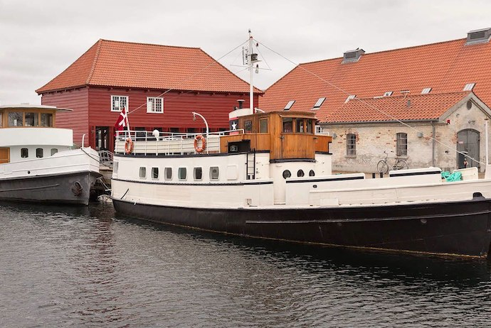 Stay on a houseboat in Copenhagen