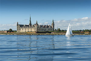 Guided Tour of 2 Countries Lund & Malmö in One Day