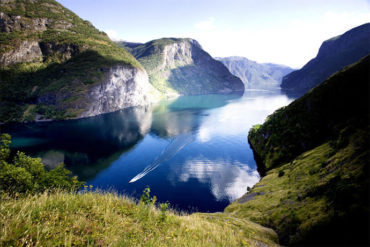 Private Tour to Sognefjord, Gudvangen, & Flåm from Bergen