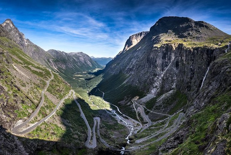 Norway's switchback roads means that everywhere takes longer to get to than you might think.