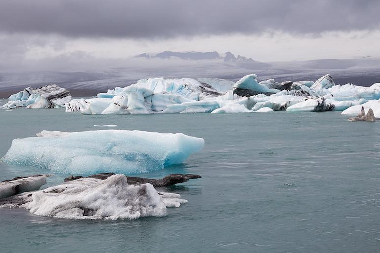 Explore the breathtaking Jökulsárlón glacier lagoon on a trip from Reykjavík.