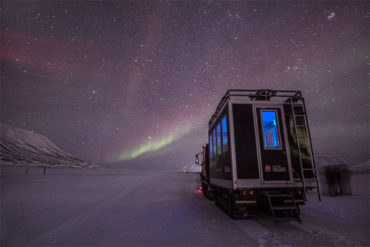 Northern Lights Hunt by Snowcat in Longyearbyen