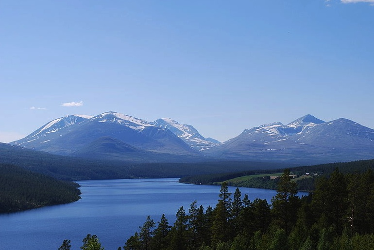 The Rondane Triangle Route, one of Norway's 6 best long-distance hiking routes