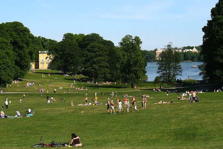 Experience nature and have a picnic in Stockholm's Hagaparken.