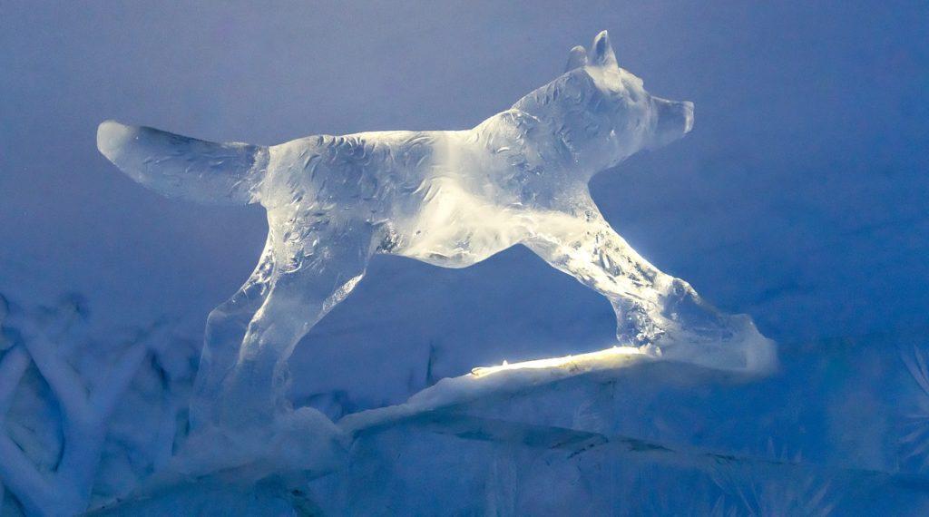 The Icebar in Kirkenes lies high up near the Russian border.