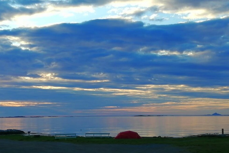 Rystad Lofoten Camping is simple but in an unbeateable location by the beach
