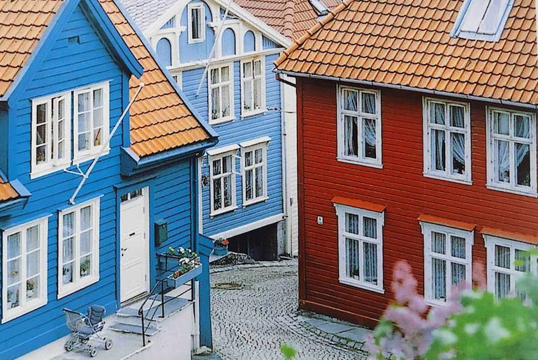 Stay in a wooden house in Bergen's historic backstreets.