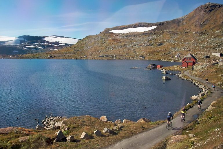 Even families can go cycling in Norway