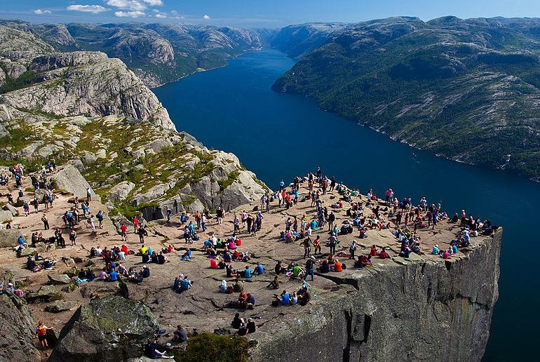 Tourism is a popular job for non-Norwegians in Norway