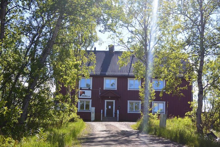 Abisko net hostel and huskies is a cheap and cheerful hostel in Abisko in Swedish Lapland