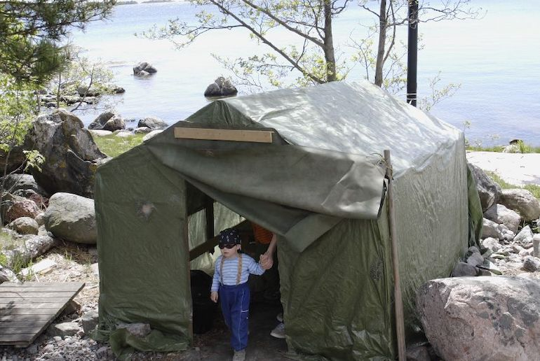Many lakeside campsites in Finland have saunas